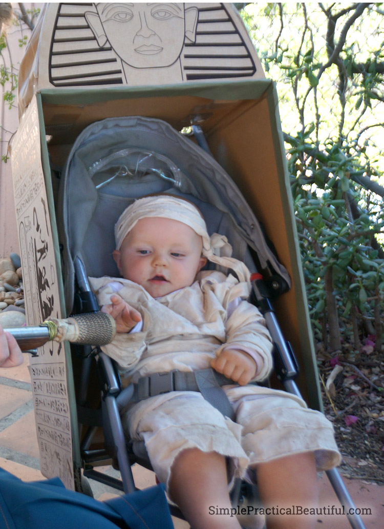 DIY baby mummy costume with stroller sarcophagus