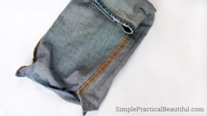 Sew a denim purse from an old pair of jeans