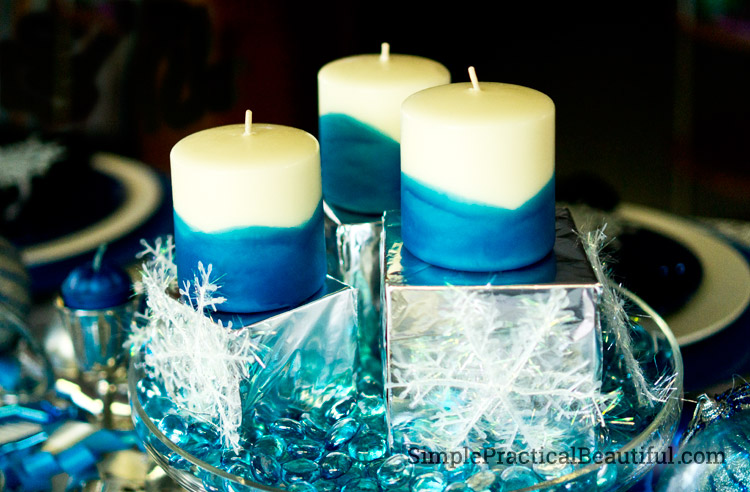 How to hand-dip candles in crayon wax