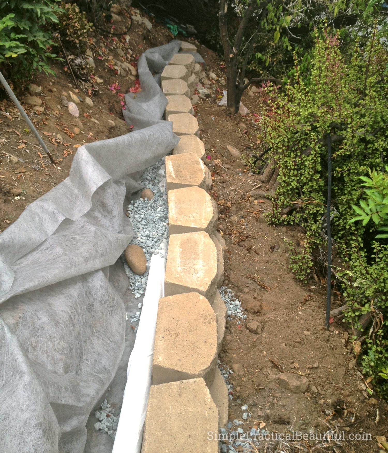 the french drain for the retaining wall