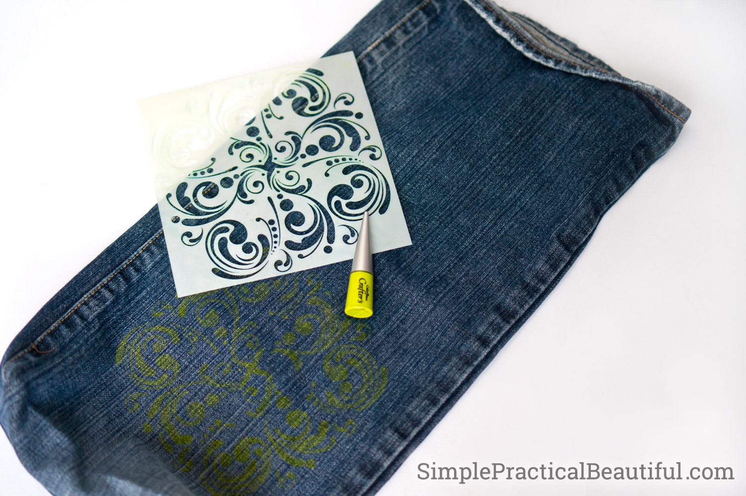 Add a design detail to your DIY jean purse