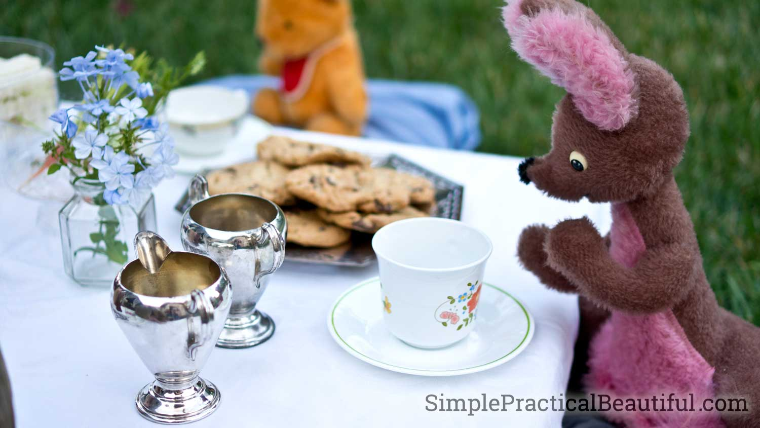 Kanga and Pooh are ready to take tea at this Christopher Robin-inspired tea party