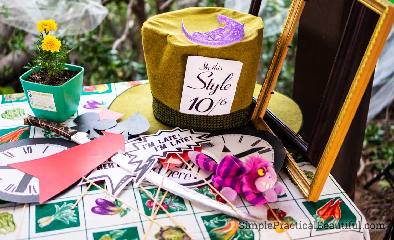 Alice In Wonderland Tea Party Birthday Simple Practical Beautiful