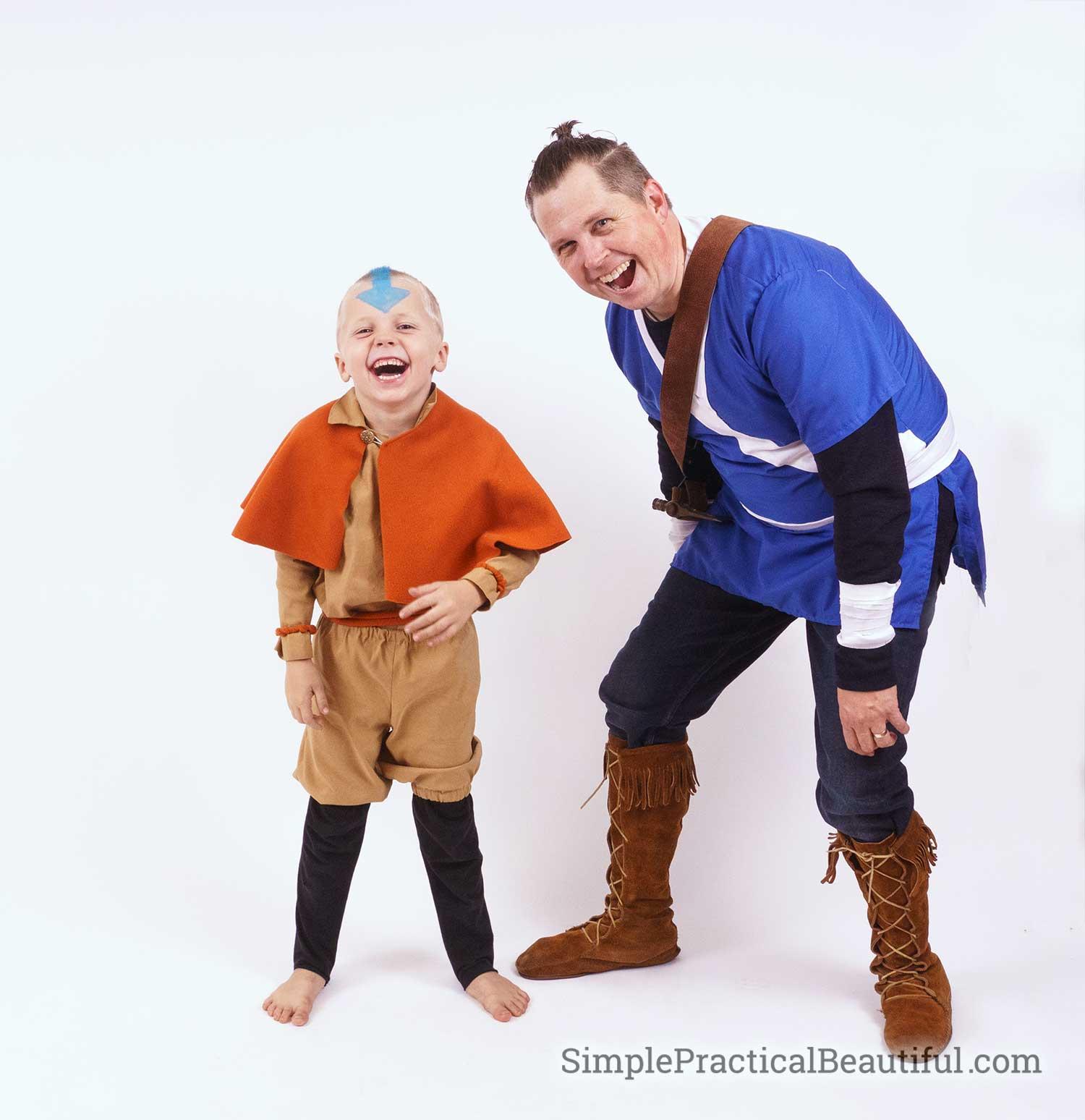 Cosplay of Aang and Sokka